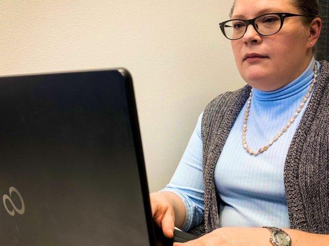 Työkokeilijamme, filosofi Saara Reiman, aloittaa perjantaina 18.9. postaamaan uutisia ja ajatuksiaan autismista täällä Autismisä...